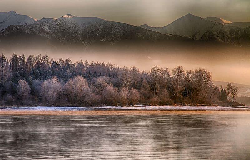 Autor: Martin Sprušanský © 2013 Svitanie, Liptovská Mara