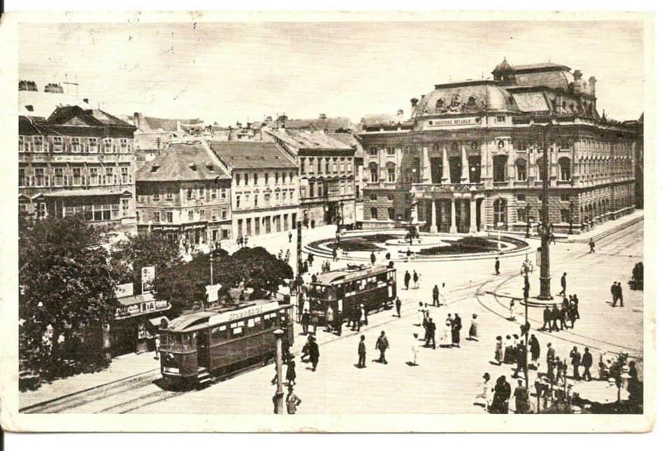 Autor: Bratislava_mestske_divadlo_2_3_1935 Bratislava historické fotografie / Kronika Slovenskej republiky
