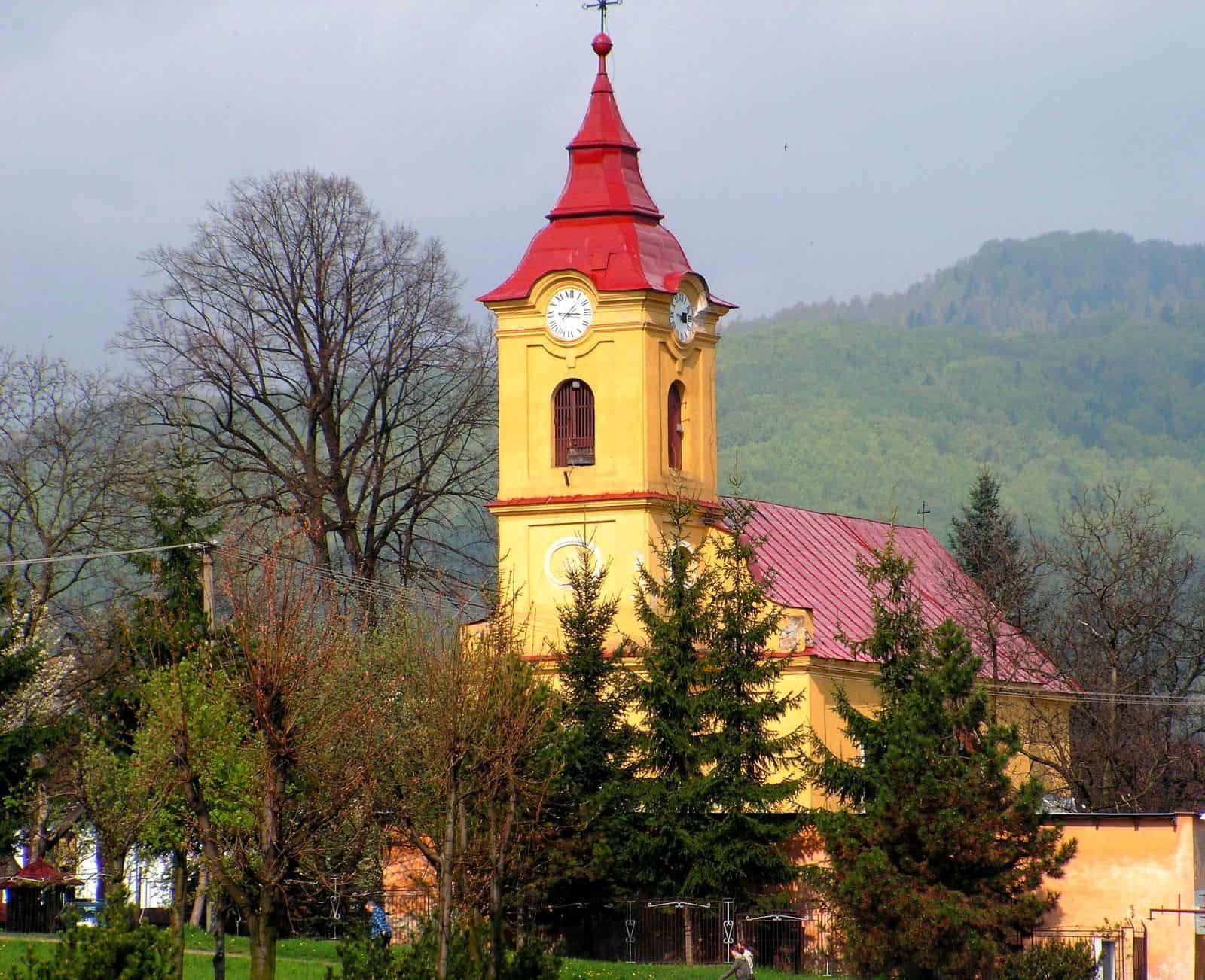 Autor: Rudolf Pellionis 2013© všetky práva vyhradené Katolicky_kostol_v_Dobsinej