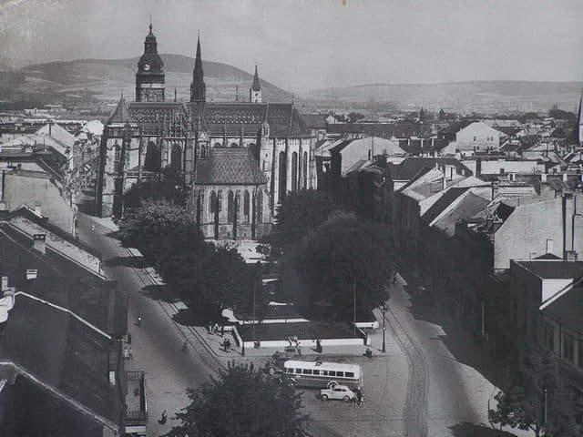 Autor: Košice_história_1945_1993 Košice historické fotografie / Kronika Slovenskej republiky