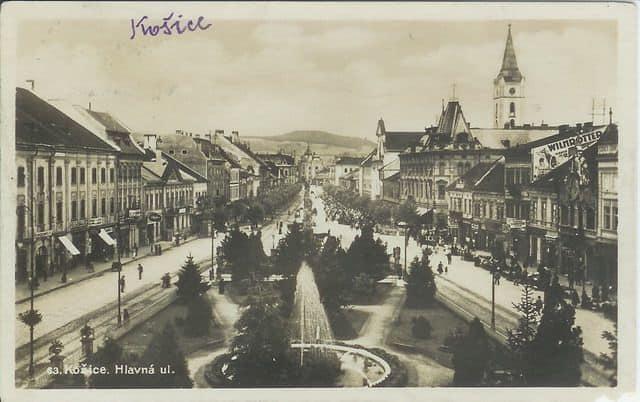 Autor: Pohlad_z_budovy_divadla Košice historické fotografie / Kronika Slovenskej republiky