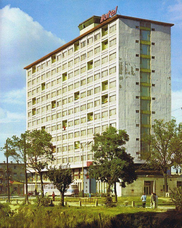 Autor: hotel_centrum_dnes_yasmin Košice historické fotografie / Kronika Slovenskej republiky
