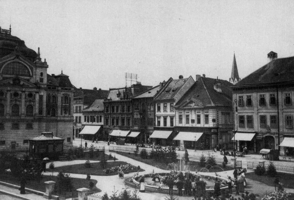 Autor: hlavna_ulica_1 Košice historické fotografie / Kronika Slovenskej republiky