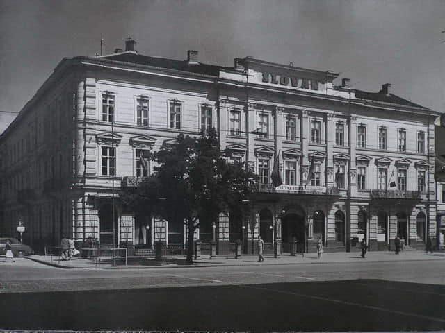 Autor: hotel_slovan Košice historické fotografie / Kronika Slovenskej republiky